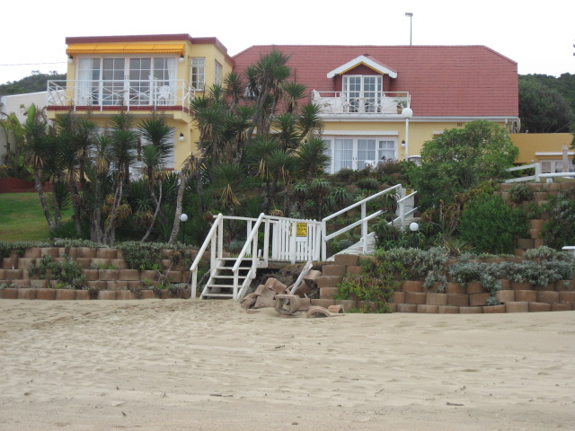 Haus am Strand on Wilderness Beach
